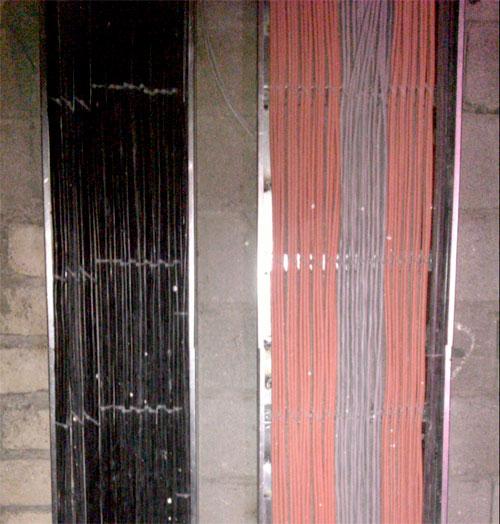 رایزر برق ساختمان با سینی کابل